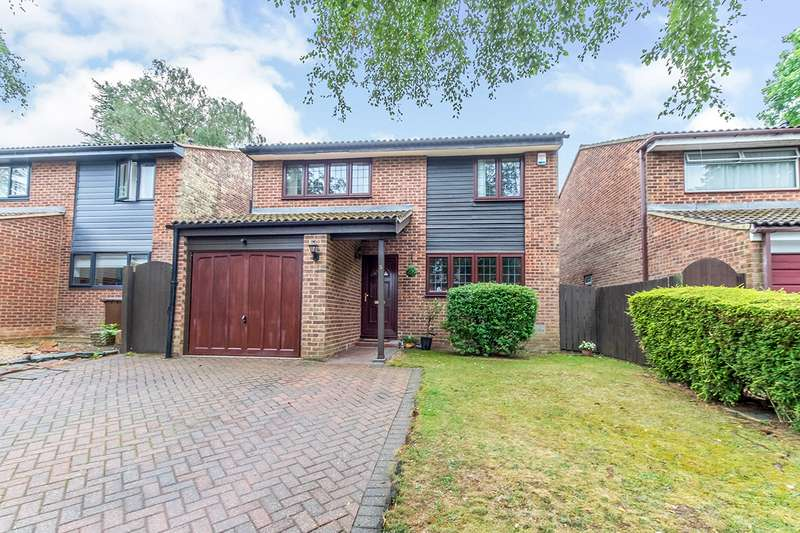 4 Bedrooms Detached House for sale in Marlow Copse, Chatham, Kent, ME5