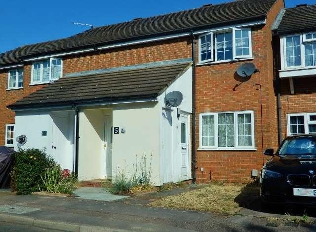 1 Bedroom Flat for sale in Ryder Close, Hertford, SG13