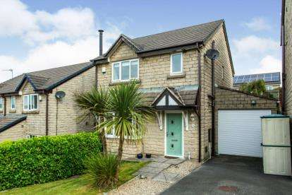 3 Bedrooms Detached House for sale in Rushmoor Close, Loveclough, Rossendale, Lancashire, BB4