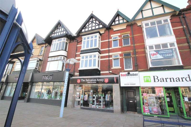 3 Bedrooms Maisonette Flat for sale in 12 Back St. Annes Road West, St. Annes, Lancashire, FY8 1RD