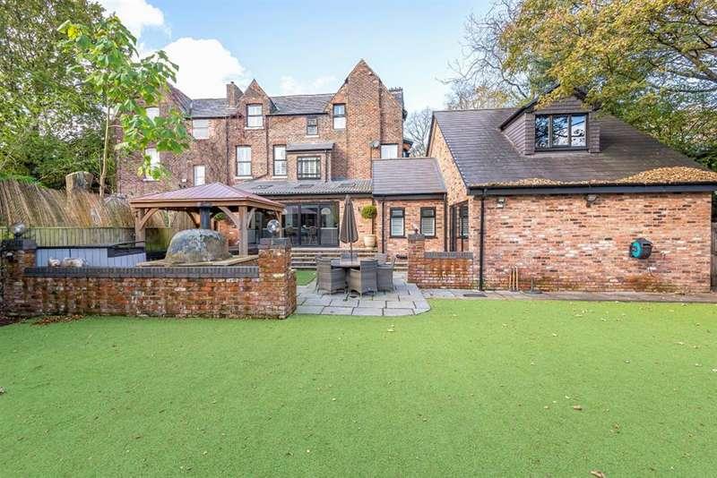5 Bedrooms Semi Detached House for sale in Stafford Road, Ellesmere Park, Manchester, M30 9HW