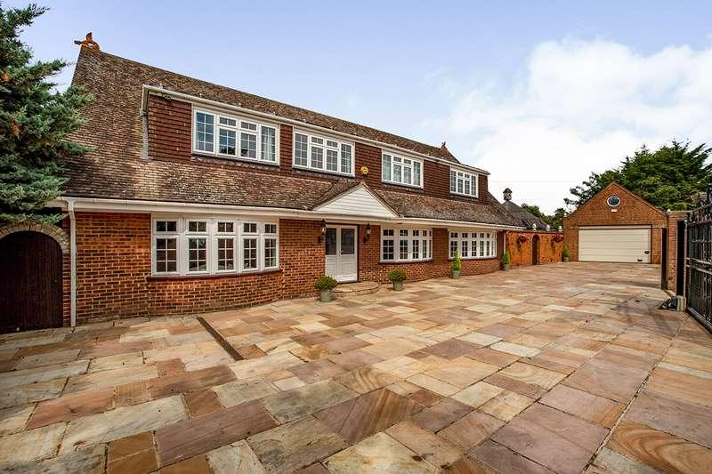 5 Bedrooms Detached House for sale in High Road, Wilmington, Kent, DA2