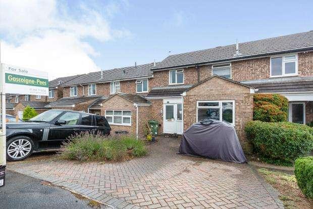 3 Bedrooms Terraced House for sale in Bordon, Hants
