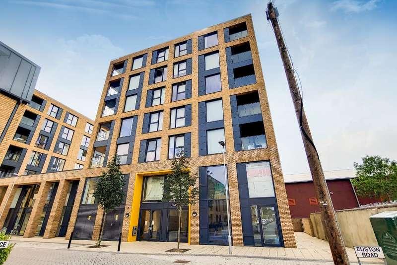 3 Bedrooms Flat for rent in Grafton Quarter, Croydon, CR0 3FE
