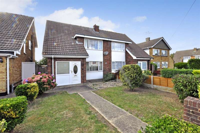 3 Bedrooms Semi Detached House for sale in Rushbottom Lane, Benfleet
