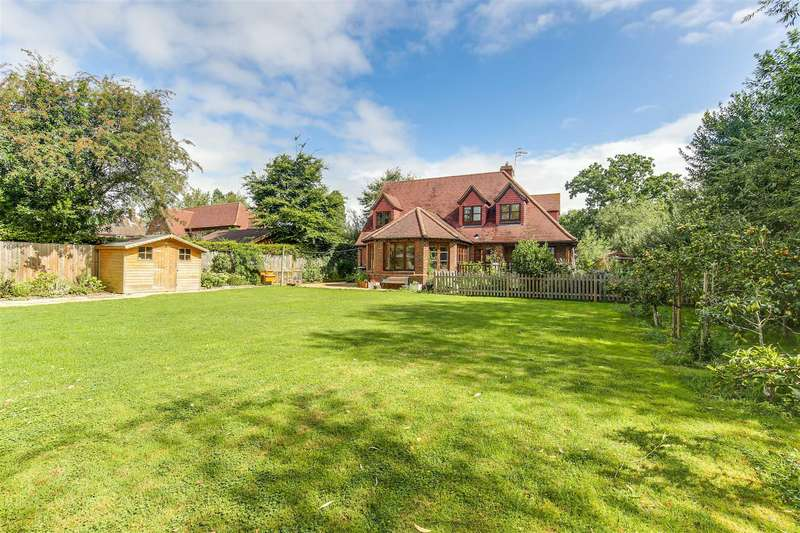 6 Bedrooms Detached House for sale in Crouch House Road, Edenbridge