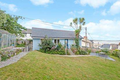 2 Bedrooms Detached House for sale in Newlyn, Penzance, Cornwall