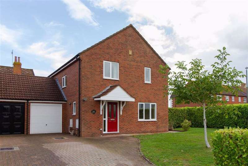 4 Bedrooms Detached House for sale in Forest View Road, Berkeley, GL13
