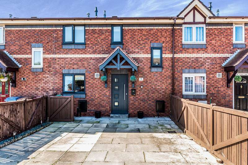 3 Bedrooms House for sale in Craven Avenue, Salford, M5