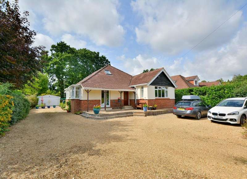 5 Bedrooms Detached Bungalow for sale in Brierley Avenue, West Parley, Dorset BH22 8PE