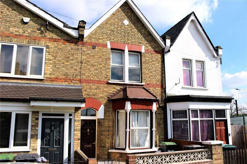 3 Bedrooms Property for rent in Richmond Road, Bounds Green, London