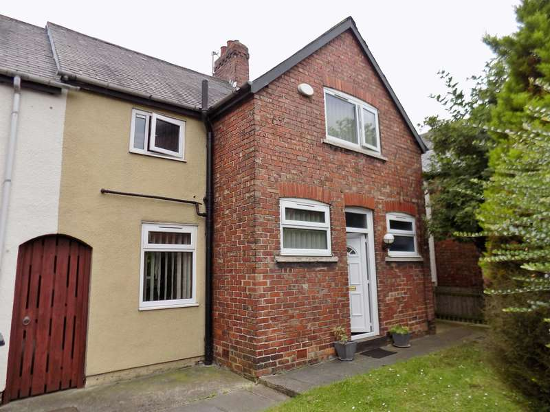3 Bedrooms Terraced House for rent in Valley Road, Middlesbrough, , TS4 2SA