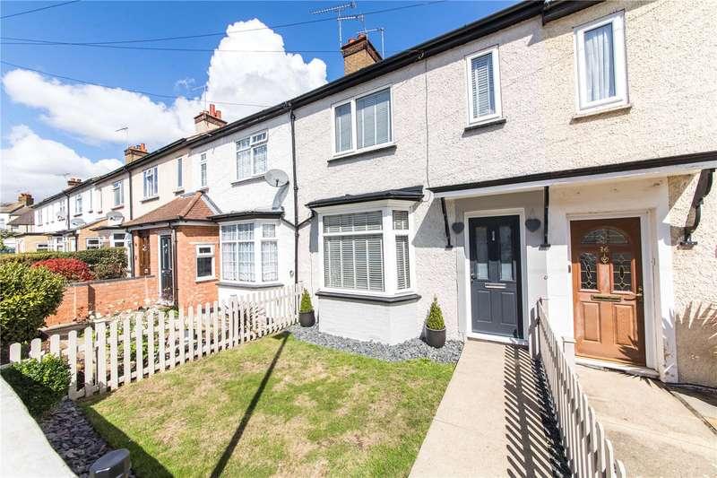 3 Bedrooms Terraced House for sale in Davis Avenue, Northfleet, Kent, DA11