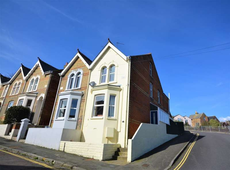 3 Bedrooms Semi Detached House for sale in Denmark Road, Cowes
