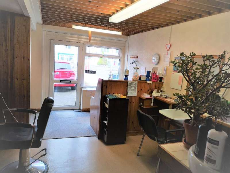 Hairdresser / Barber Shop Commercial for sale in Llandudno Road, Penrhyn Bay, LLANDUDNO, LL30 3EP
