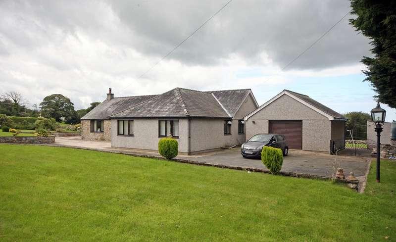 3 Bedrooms Detached Bungalow for sale in Rhos Isaf, Caernarfon, Gwynedd, LL54
