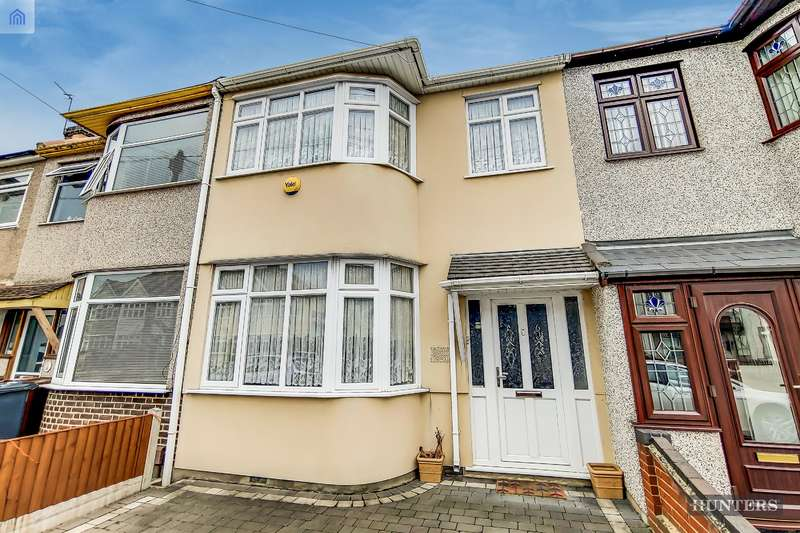 3 Bedrooms Terraced House for sale in Temple Avenue, Dagenham, RM8