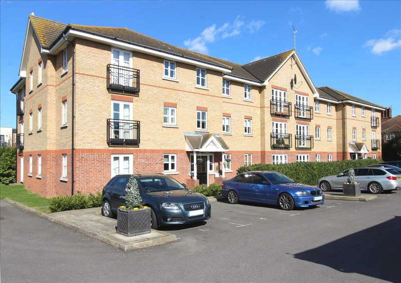 2 Bedrooms Apartment Flat for sale in Leigh on Sea