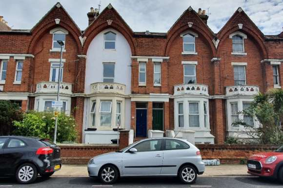 3 Bedrooms Flat for sale in Saint Andrews Road, Southsea, Portsmouth, PO5