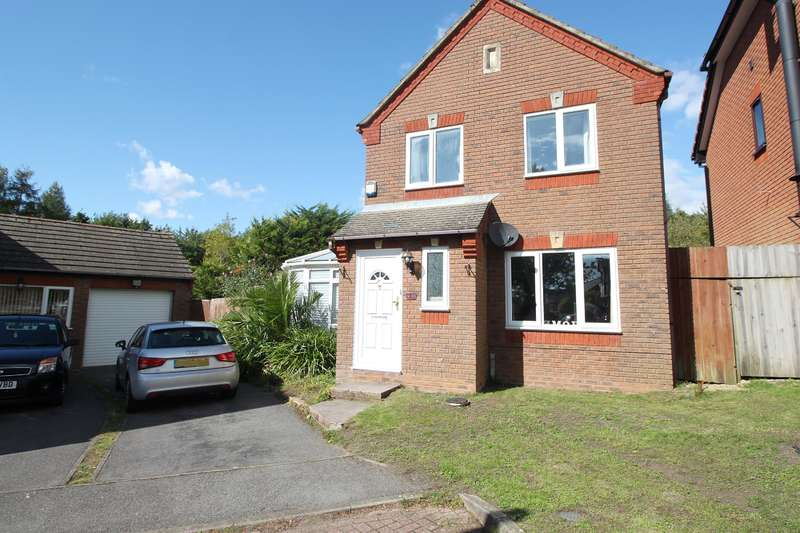 3 Bedrooms Detached House for sale in Arrow Close, Southampton, SO19 9TR