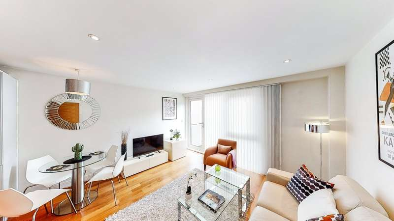 2 Bedrooms Apartment Flat for rent in Clerkenwell Road, London, EC1M