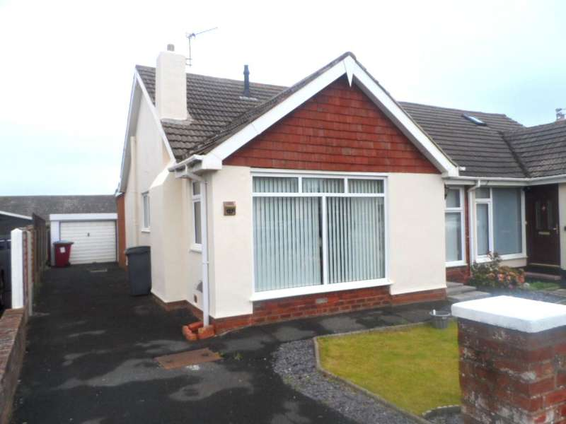 2 Bedrooms Bungalow for sale in Kirkstone Drive, Thornton, FY5 1QL