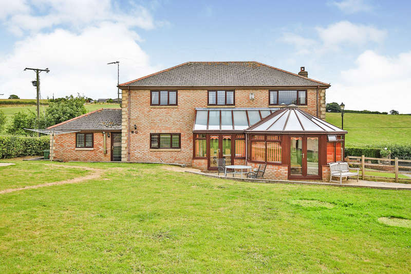 4 Bedrooms Detached House for sale in Welsh St Donats, Cowbridge, The Vale Of Glamorgan