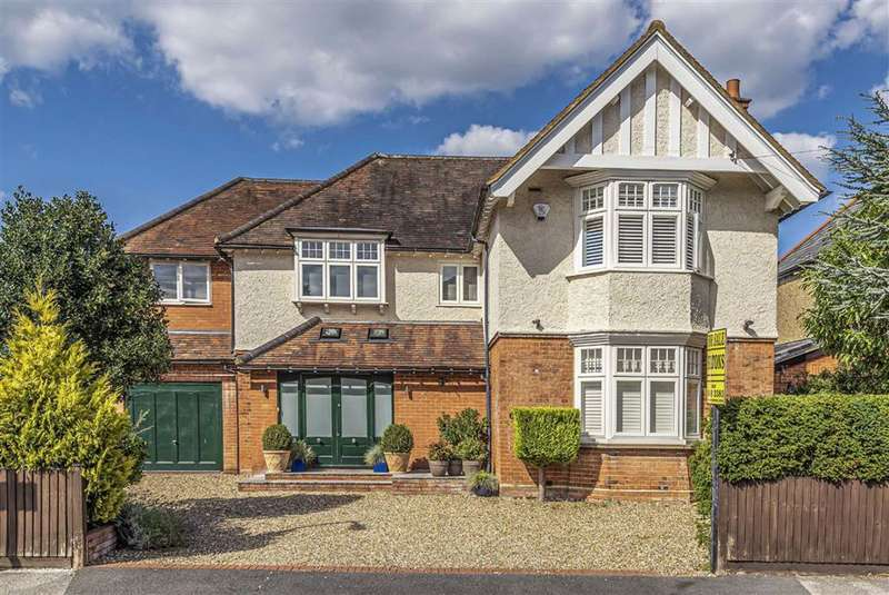 5 Bedrooms Detached House for sale in Granville Road, Barnet, Hertfordshire