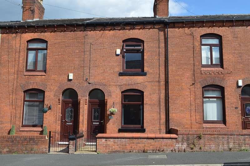 2 Bedrooms Terraced House for sale in Knowl Street, Hollinwood, Oldham, OL8 3RG