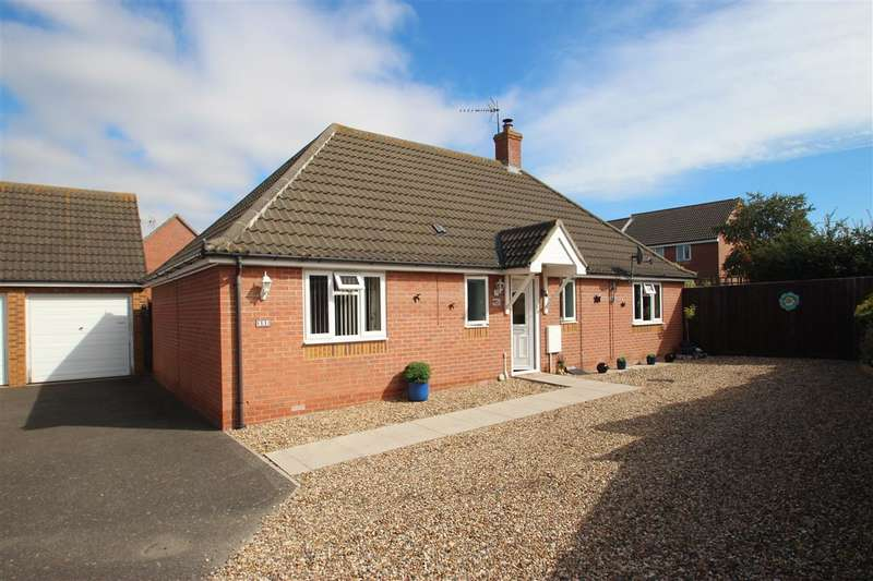 3 Bedrooms Bungalow for sale in Freshwater Lane, Great Clacton