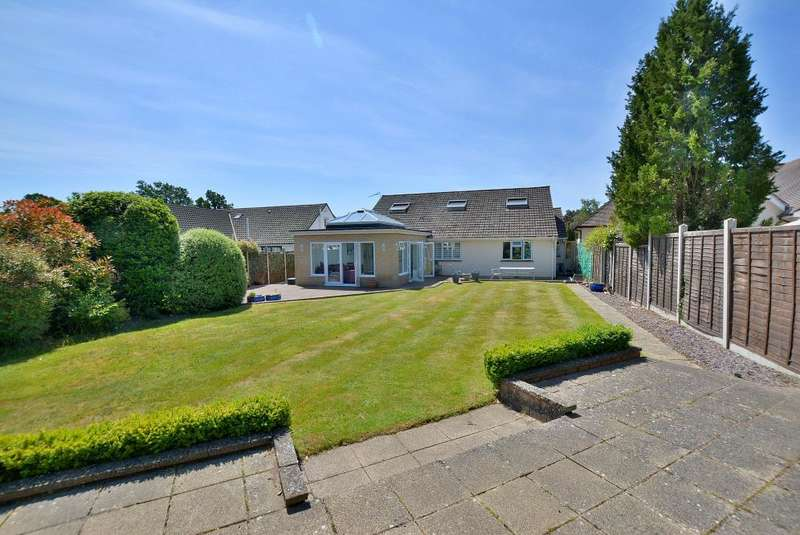6 Bedrooms Detached House for sale in Fernlea Gardens, Ferndown, Dorset, BH22 8HQ