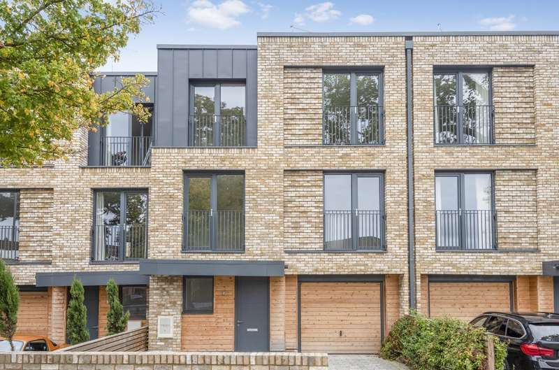 5 Bedrooms House for sale in Cambium, Southfields, SW19