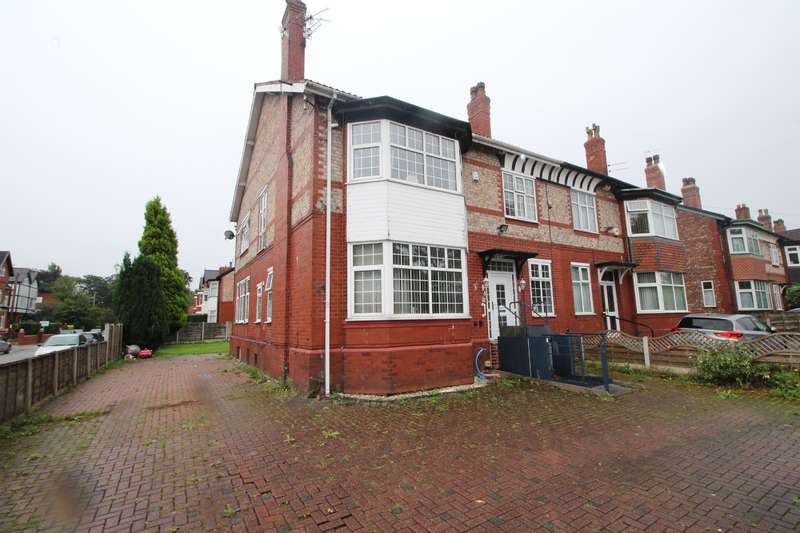 4 Bedrooms Semi Detached House for sale in Gowan Road , Manchester