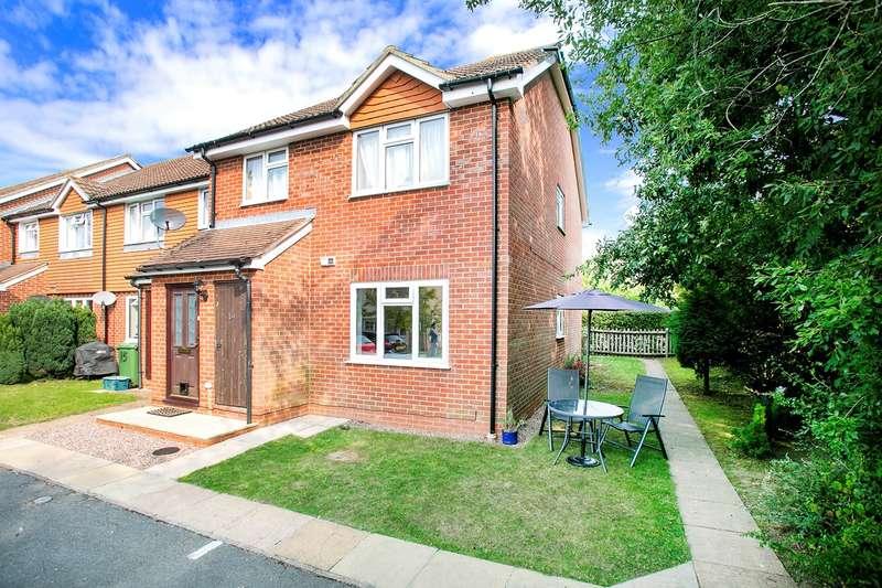 1 Bedroom Ground Maisonette Flat for sale in Summerfields, Chineham, Basingstoke, RG24