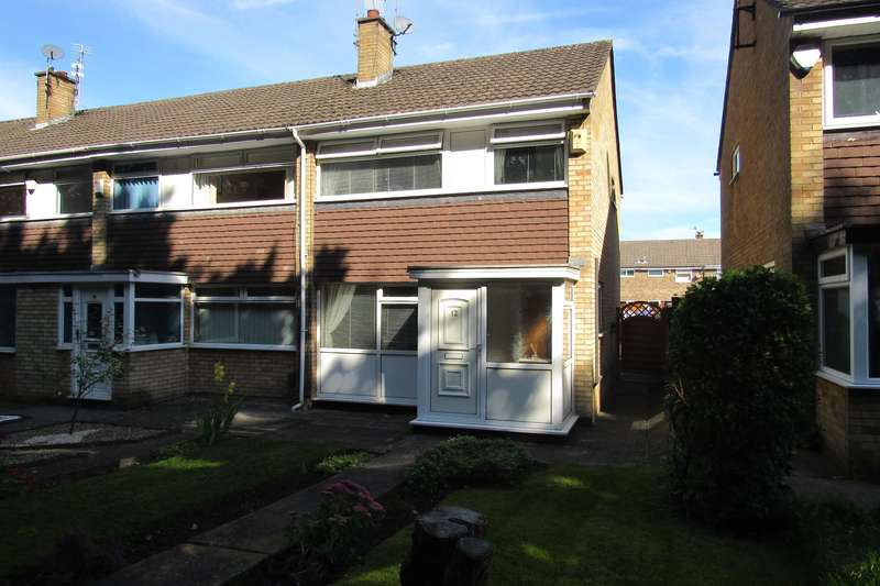 3 Bedrooms End Of Terrace House for sale in Glenarm Walk, Manchester, M22
