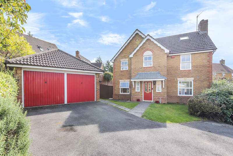 6 Bedrooms Detached House for sale in Redwing Road, Gabriel Park, Kempshott, Basingstoke, RG22