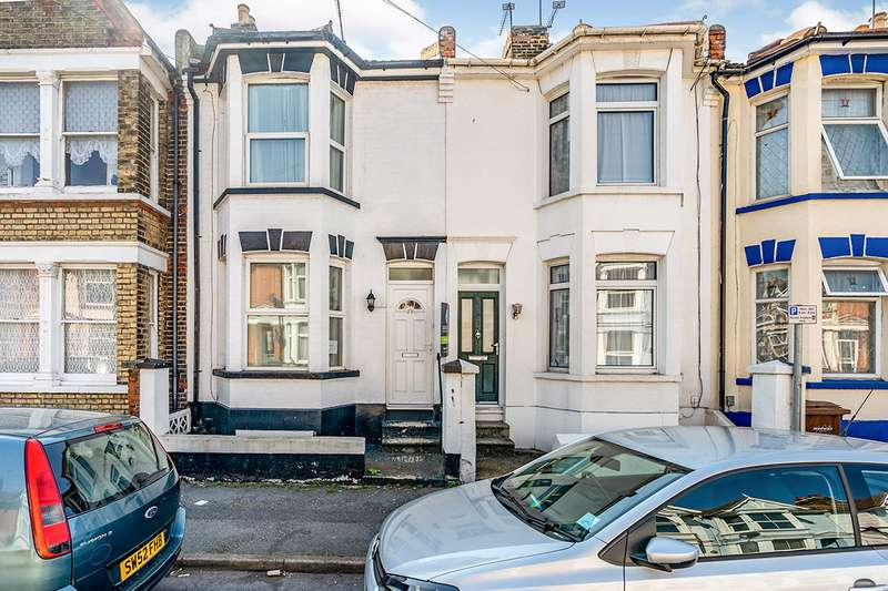 3 Bedrooms House for sale in Linden Road, Gillingham, Kent, ME7
