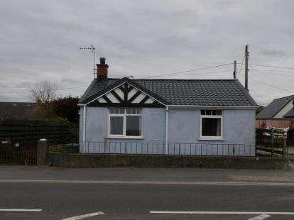 2 Bedrooms Detached House for sale in Pontllyfni, Caernarfon, Gwynedd, LL54