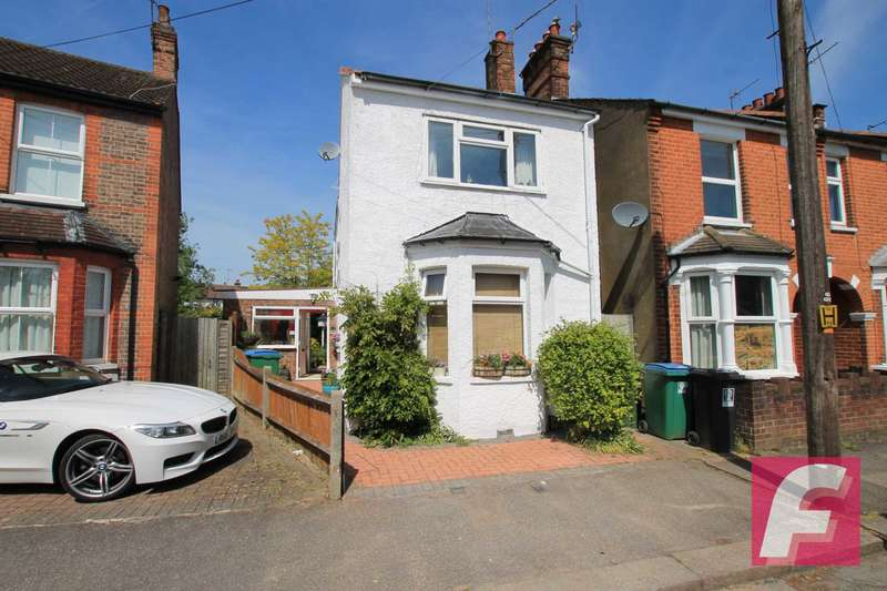 3 Bedrooms Detached House for sale in Sandringham Road, North Watford, WD24