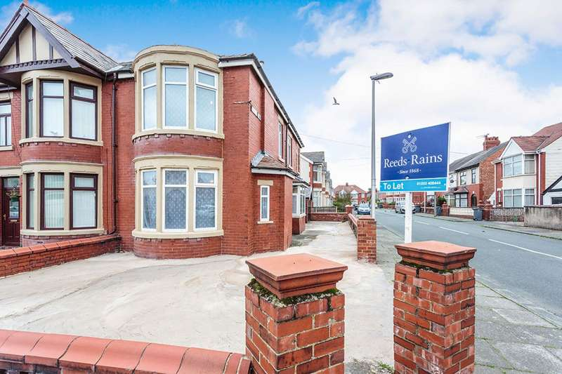3 Bedrooms End Of Terrace House for sale in Waterloo Road, Blackpool, Lancashire, FY4