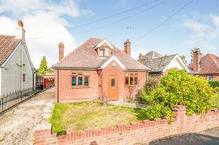 3 Bedrooms Detached House for sale in Hilden Park Road, Hildenborough, Tonbridge, Kent