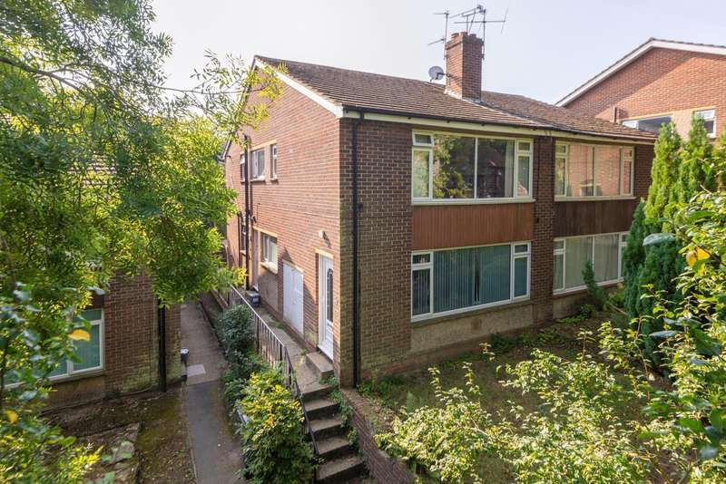 2 Bedrooms Flat for sale in Mill Lane, Beauherne Court, Harbledown, Canterbury, CT2