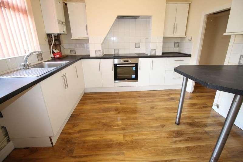 2 Bedrooms Property for sale in Lloyd Street, Darwen, BB3