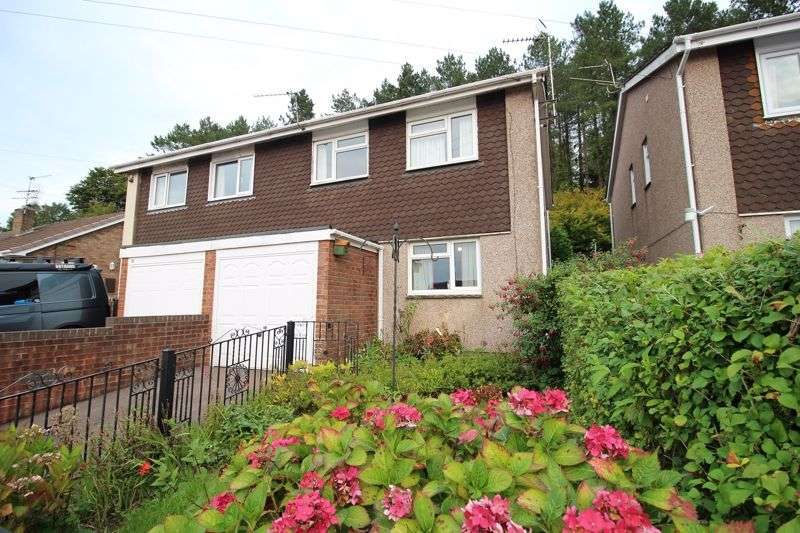 3 Bedrooms Property for sale in Forest View, Cinderford