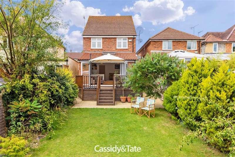 3 Bedrooms Property for sale in Green Lane, St. Albans, Hertfordshire - AL3 6EU