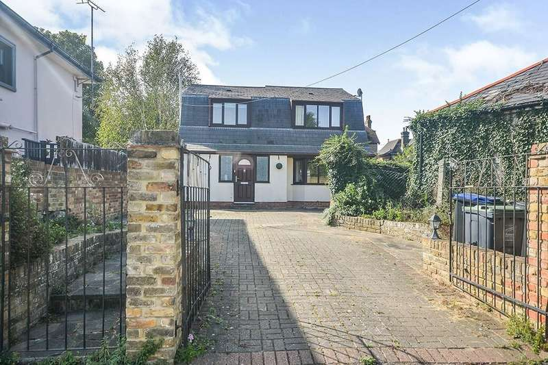 4 Bedrooms Detached House for sale in Fordoun Road, Broadstairs, CT10