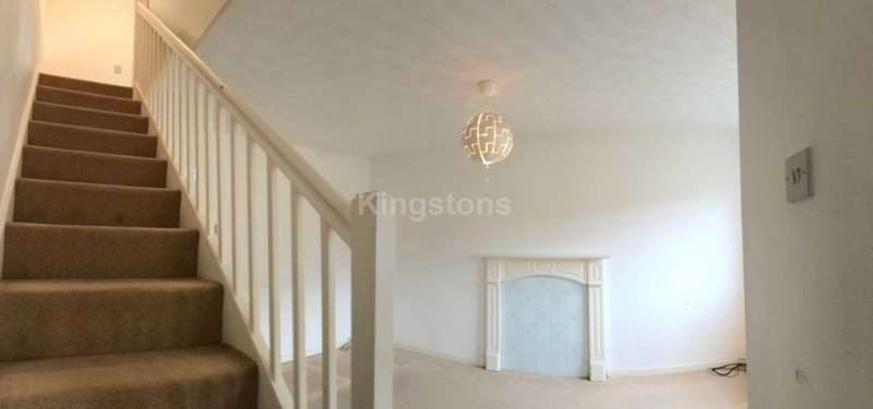 2 Bedrooms Semi Detached House for rent in Chester Close, St. Mellons, CF3 0EP