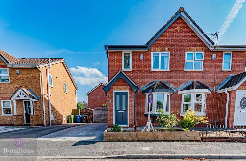 2 Bedrooms Semi Detached House for sale in Stavesacre, Leigh, Greater Manchester. WN7 3LD