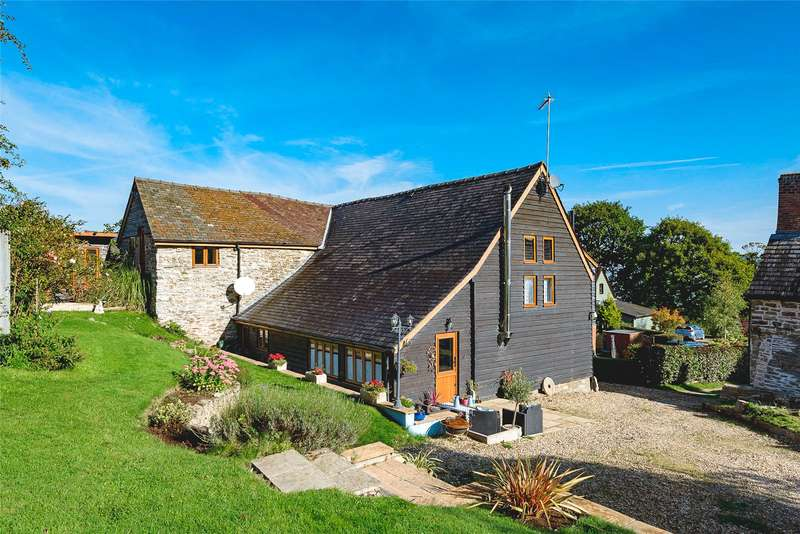 4 Bedrooms Barn Conversion Character Property for sale in Church Stoke, Montgomery, Powys, SY15 6TH