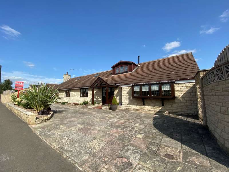 4 Bedrooms Detached House for sale in Swinston Hill Road, Dinnington